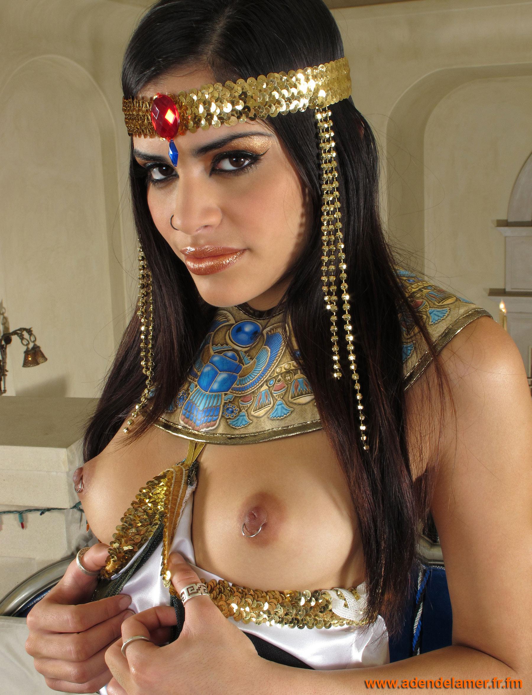 Секс египтянок порно 3 фотография